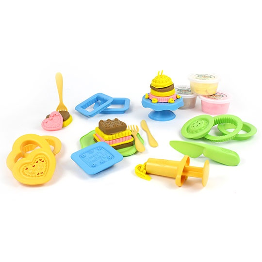 Green Toys Dough Sets 21- Piece Cake Maker 2+ Years 16 Oz