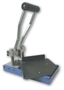 Lassco-Wizer Desktop Model Paper and Plastic Products Corner Cutter