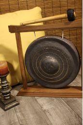 Dobani Curved Walnut Gong Stand 14-Inch