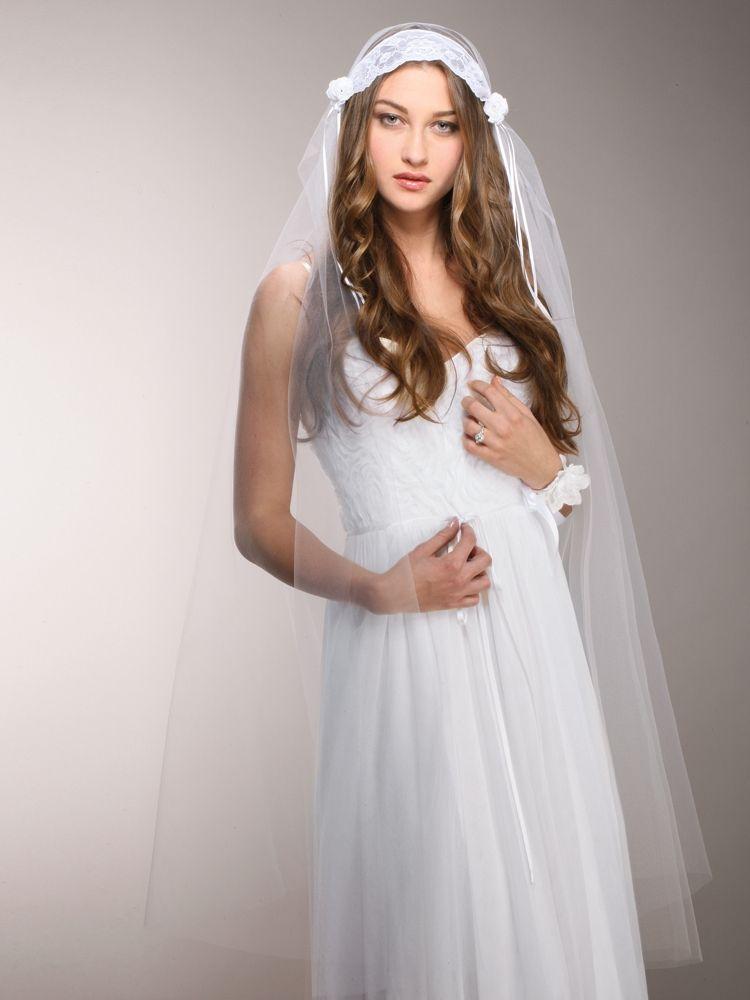 White Vintage Lace Juliet Veil With Rosebuds