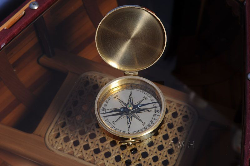 Lid Compass