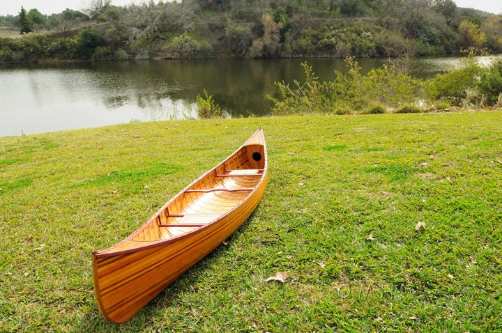 Wooden Canoe With Ribs Curved Bow 12 Ft