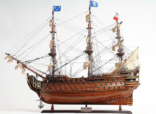 Royal Louis E.e