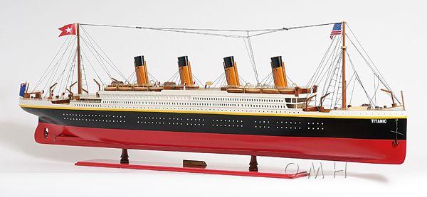 Titanic Painted Xl